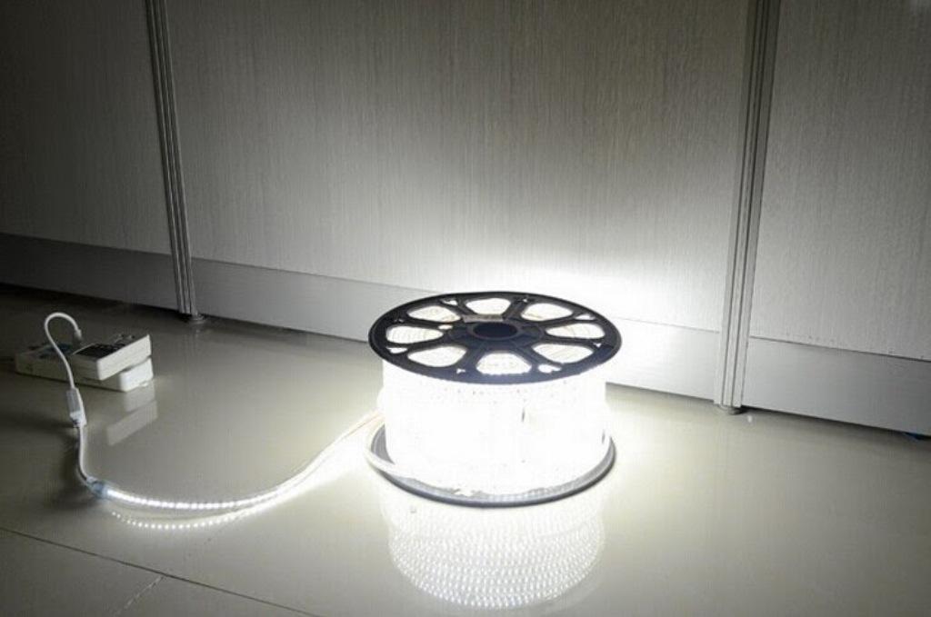 KIT-STRIP-3014-220V_WH - Offerte strisce strip LED | SILAMP ...