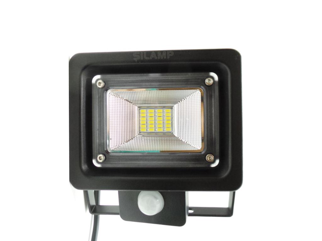 F74 10W   Faretti e Fari LED     Faretto LED 10W ultra slim con