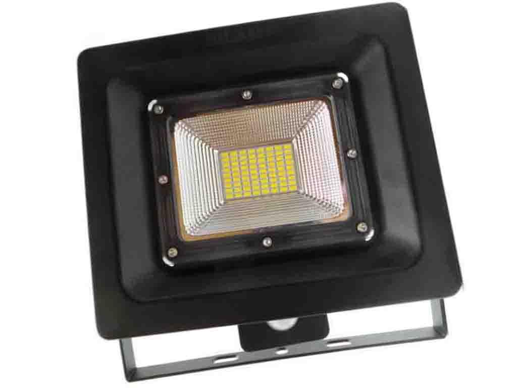 F77 50W   Faretti e Fari LED     Faretto LED 50W ultra slim 120