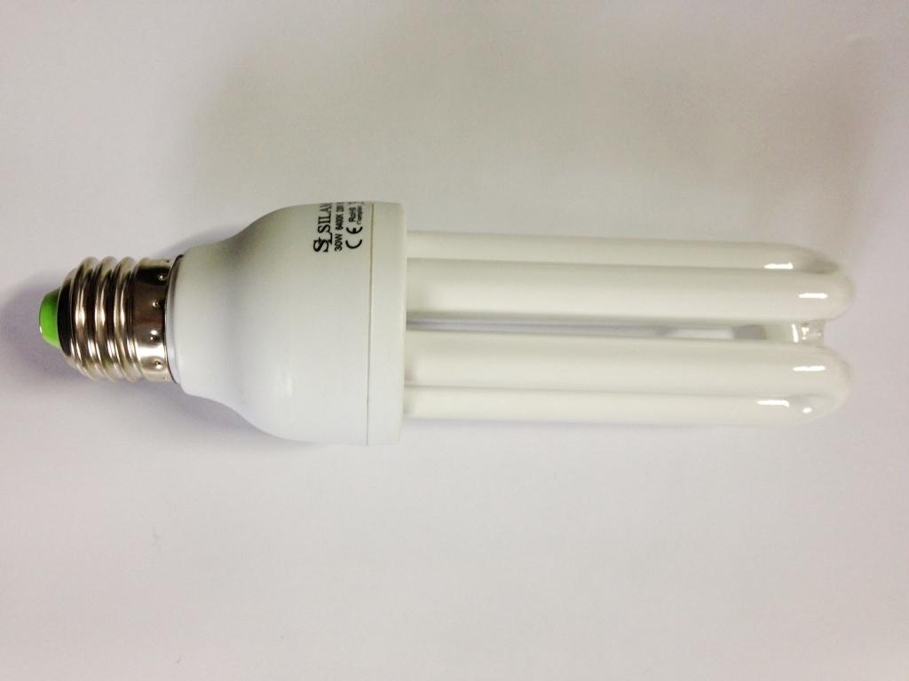 consumo lampadina : Lampadina a basso consumo Silamp 25W Attacco e27 Lampadine luce fredda ...