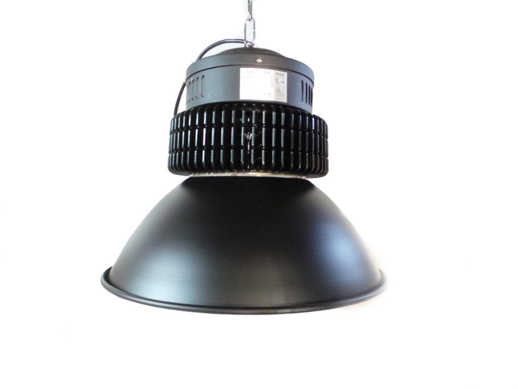 Plafoniere Per Capannoni Industriali : Plafoniere a led industriali per illuminazione capannoni lampade