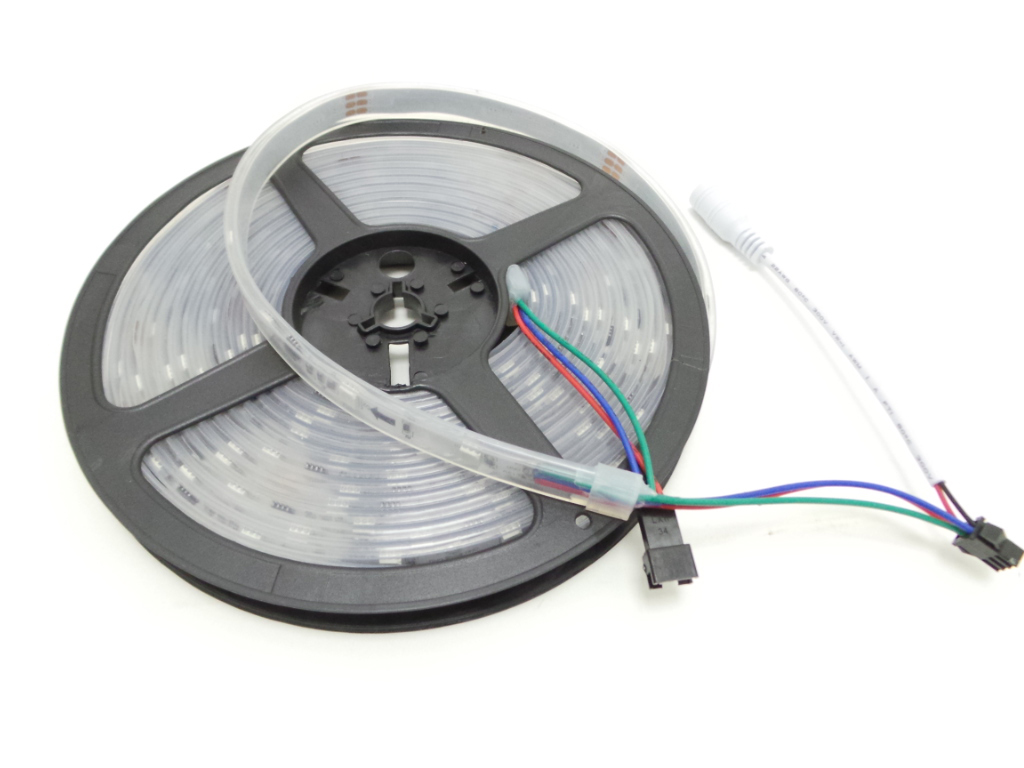 Striscia led da 5m rgb modello 2811 150led 36W 12v ip67